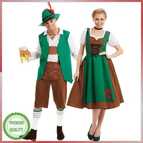 Boy and girl dressed in Lederhosen and Dirndl.